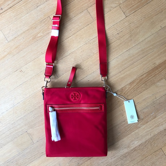 675d732a7486 NWT Tory Burch Authentic Tilda Nylon Swingpack